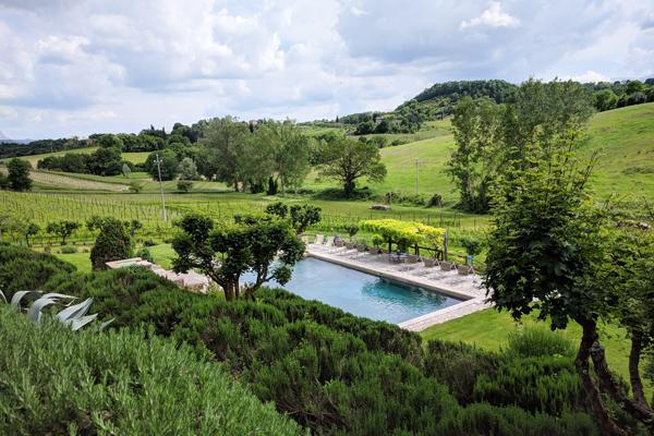 relax-piscina-Poderedellabruciata-600x400-1